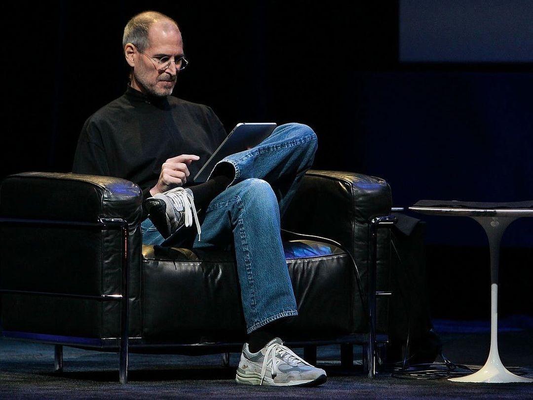 Apple проиграла коронную фразу Стива Джобса компании Swatch