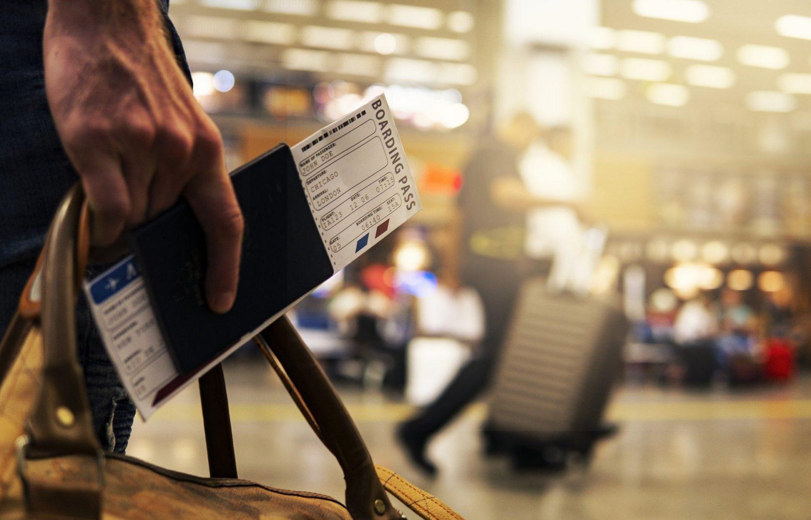 Как 20 лет летать на самолетах без билета — бездомная американка поделилась секретом