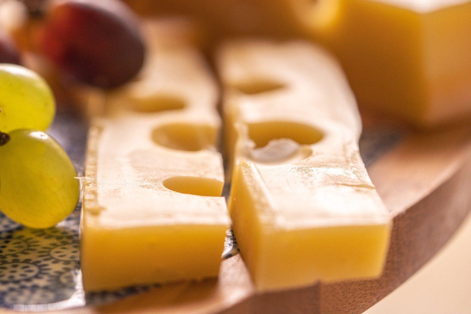 В нидерландских супермаркетах из-за хакерской атаки закончился сыр