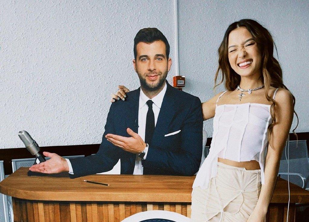 Казахстанские певцы стали гостями «Вечернего Урганта»
