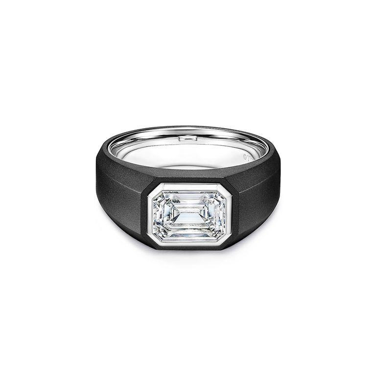 Он сказал «да»: Tiffany & Co впервые выпустит обручальные кольца для мужчин