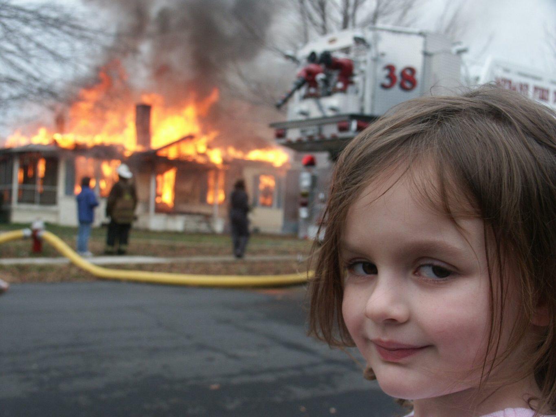 Мемную фотографию Disaster Girl продали в виде NFT за полмиллиона долларов