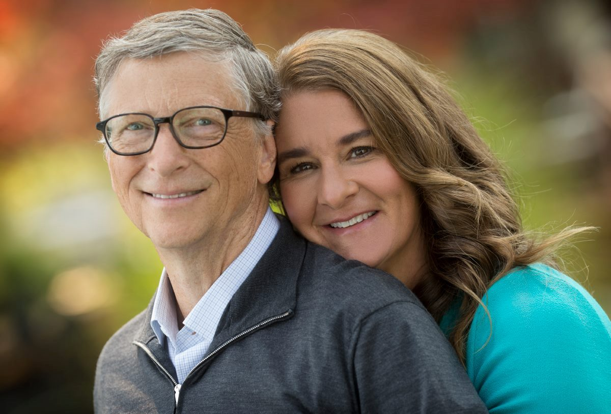 The Wall Street Journal предполагает, что причиной развода Билла Гейтса могут быть его контакты с Джеффри Эпштейном