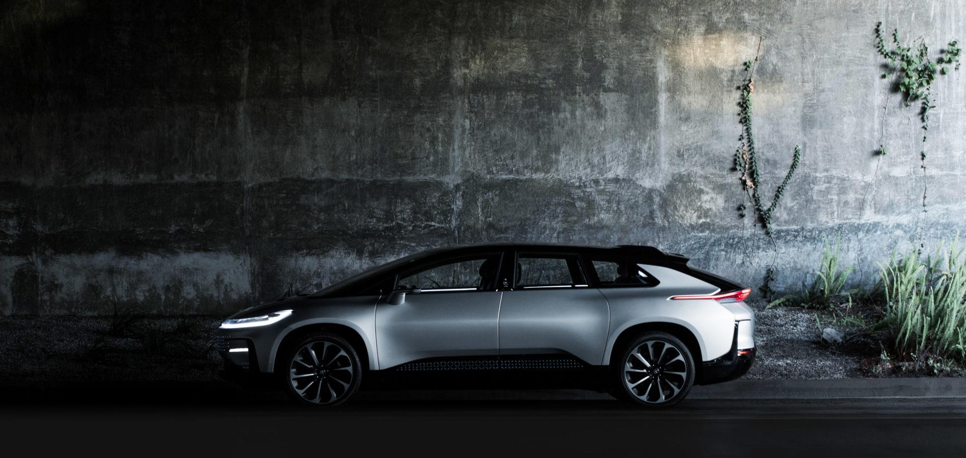 Faraday VS Tesla. Доберется ли потенциальный киллер до жертвы?