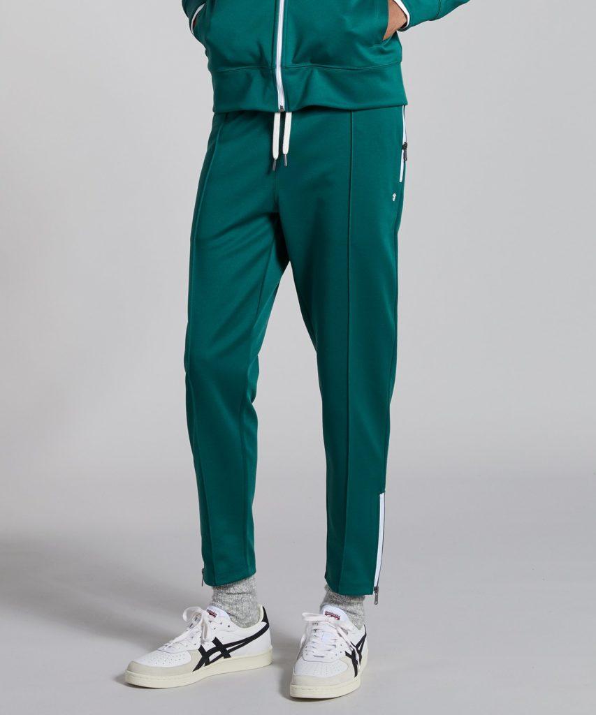 Дерзкие и свободные: лучшие спортивные костюмы, которые хочется носить каждый день