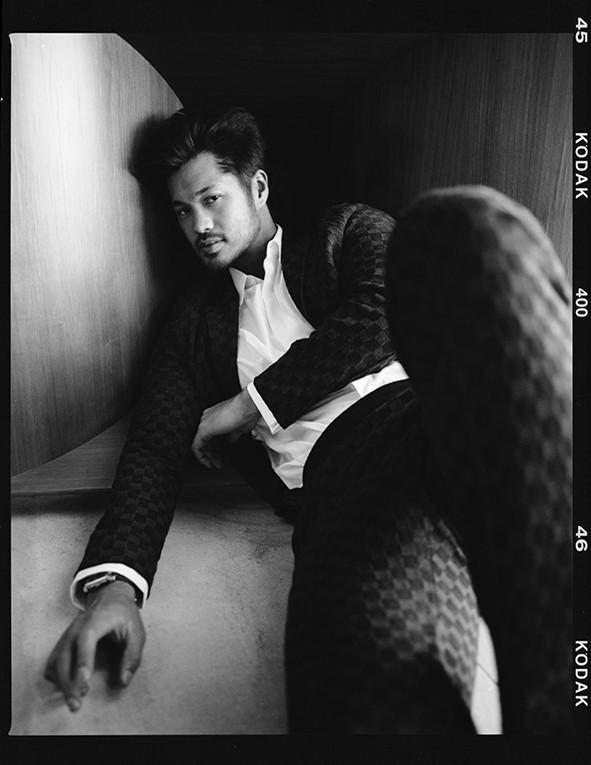 Росс Батлер для Esquire.kz: «Азиатские парни несексуальны? Нет, это не про меня!»