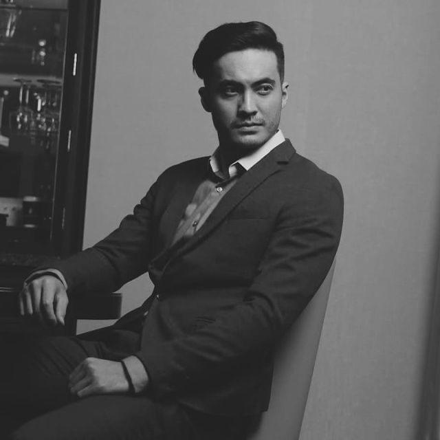 Где в Алматы профессионально обучают навыкам актерского мастерства?