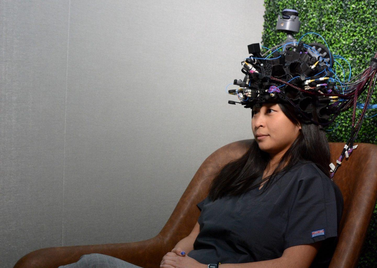 Калифорнийский стартап выпустит шлем для считывания мыслей