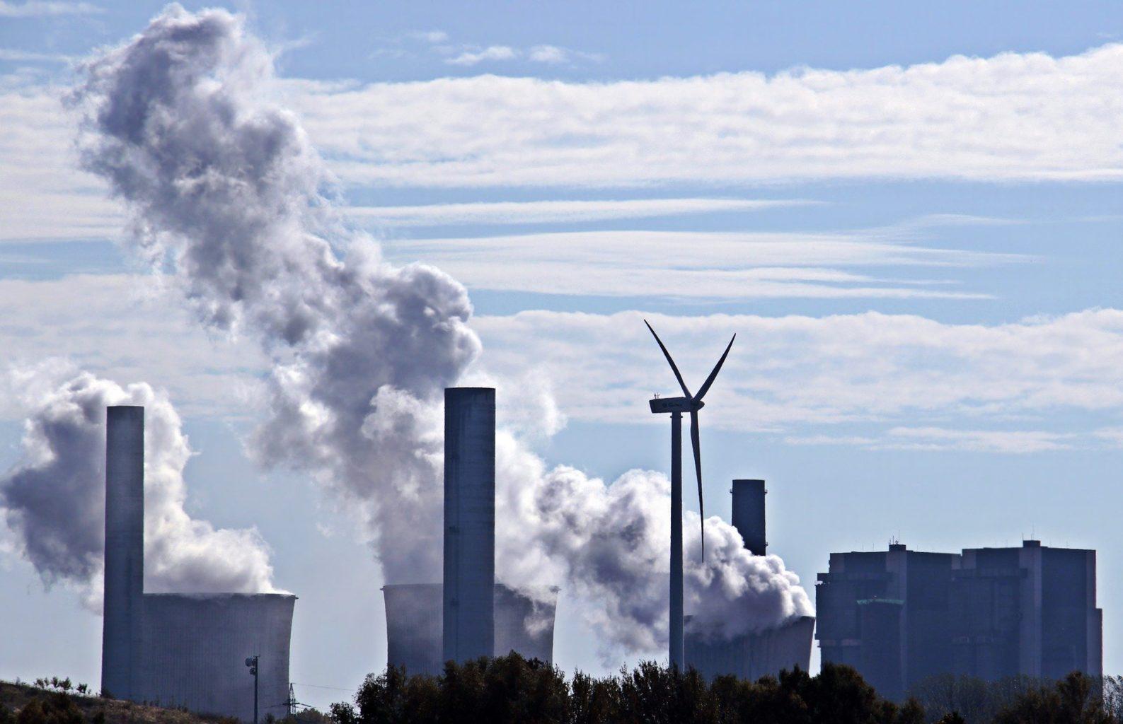 С 1 июля  «зеленую» электроэнергию казахстанцы будут оплачивать по отдельному тарифу