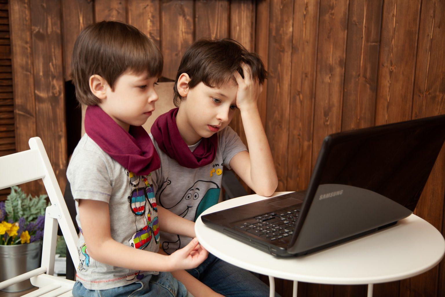 Мы и наши дети. Колумнист Esquire.kz о различиях между поколениями и тонкостях восприятия