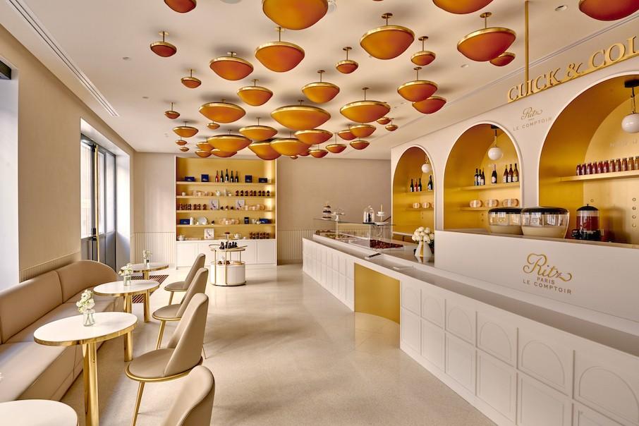 """В Париже открылась Ritz Paris Le Comptoir под руководством обладателя титула """"Лучший кондитер мира"""""""