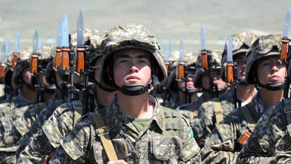 Вооруженные силы Казахстана усилили бдительность из-за обострения ситуации в Афганистане