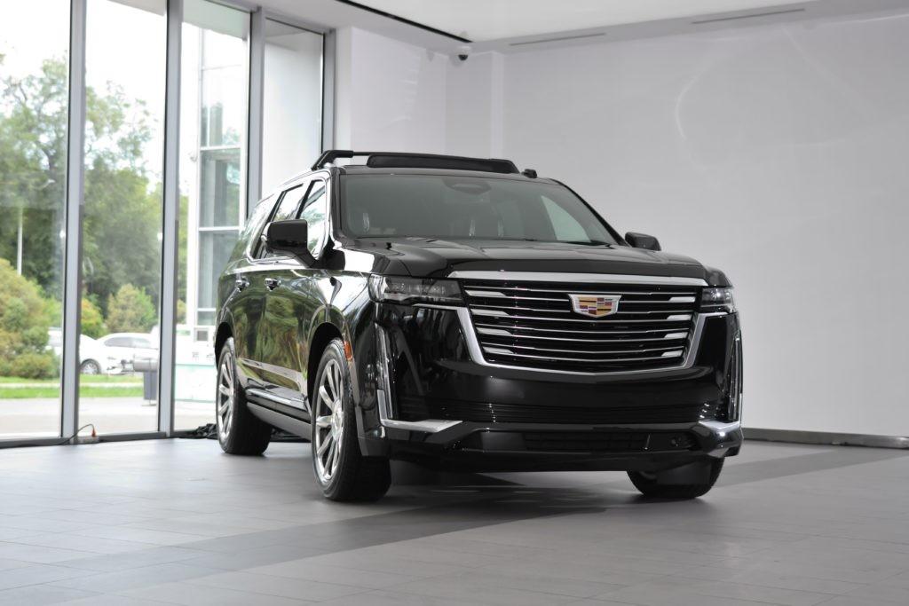 В Казахстане стартовали продажи  Cadillac Escalade пятого поколения