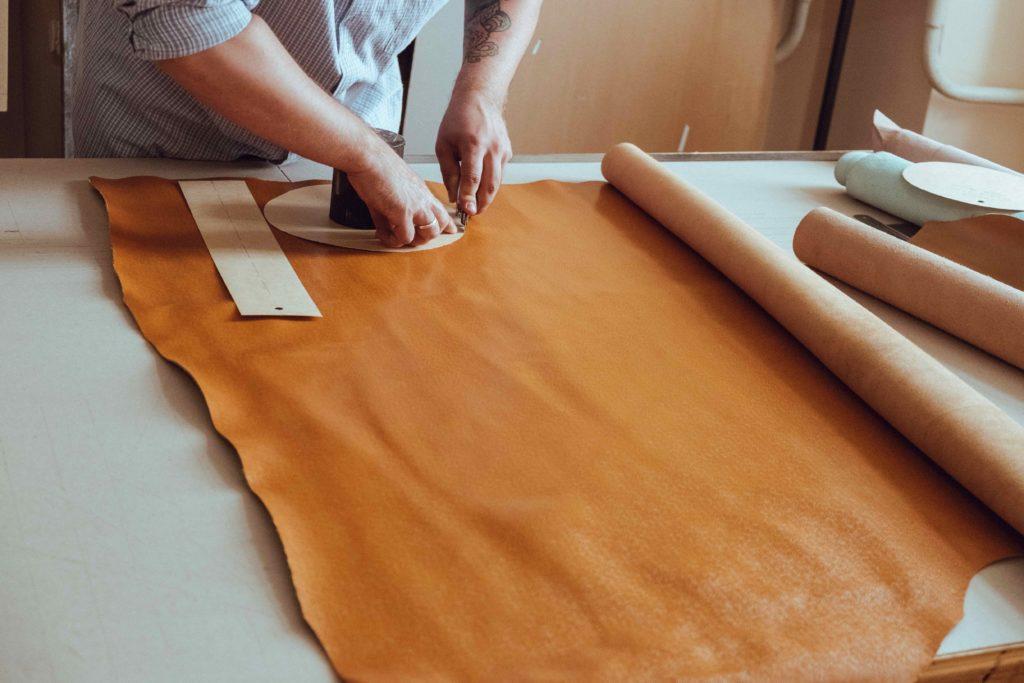 Каково это – запустить в Казахстане производство эксклюзивных изделий из кожи и не прогореть