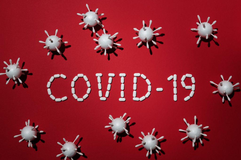 Эксперт: коронавирус мог появиться еще в 2013 году