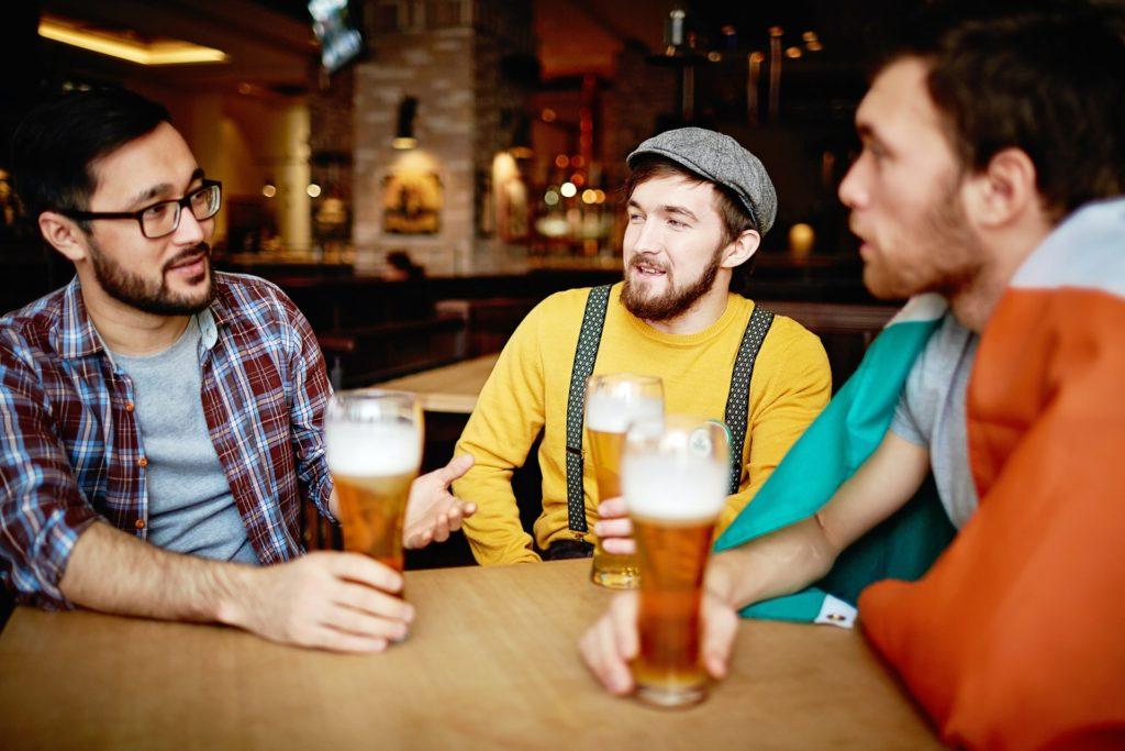 Сколько денег казахстанцы тратят на пиво