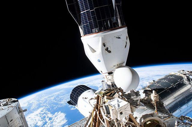 Человечество установило два новых рекорда на околоземной  орбите