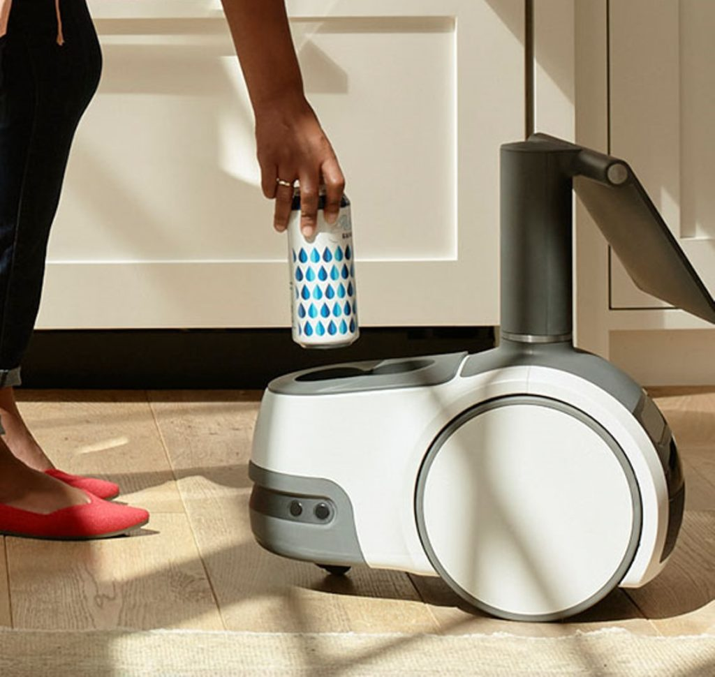 Amazon представила своего первого домашнего робота Astro