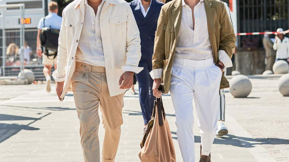4 идеи, как носить светлые брюки