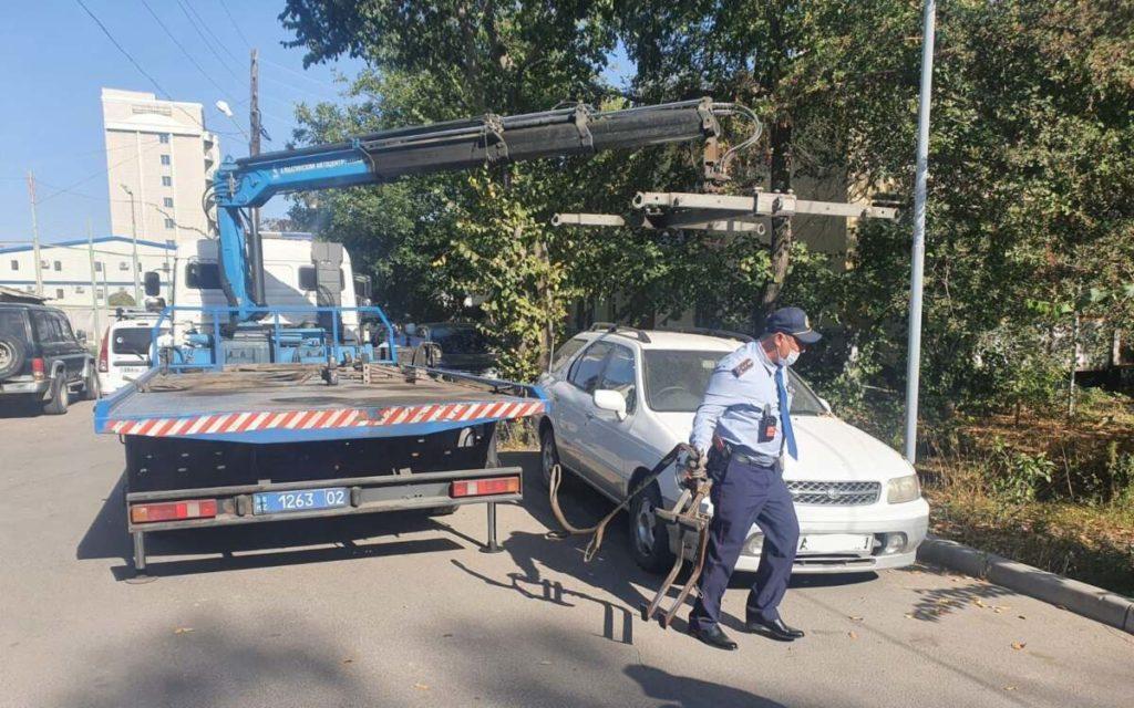 Более 50 млн тенге штрафов за два дня  заплатили автовладельцы Алматы