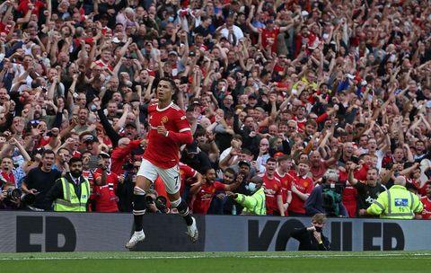 Роналду снова бьет мировые рекорды. На этот раз два за один матч